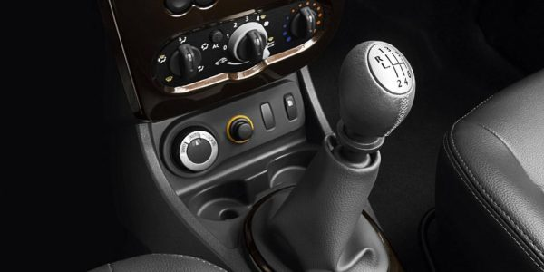 Dacia Duster – Mittelkonsole