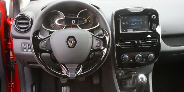 Renault Clio – Armaturenbrett