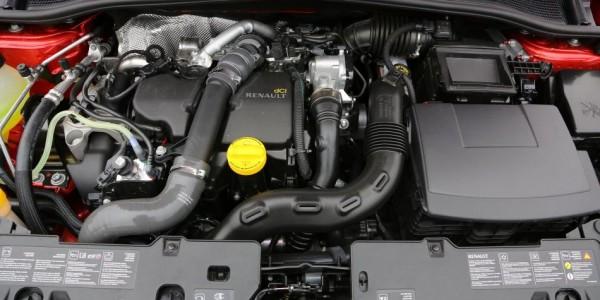 Renault Clio – Motorraum