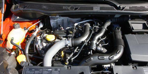 Renault Captur – Motorraum